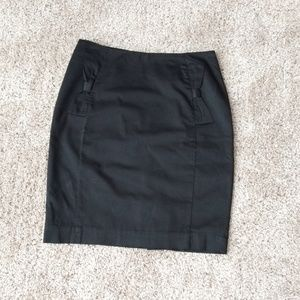 H&M short pencil skirt